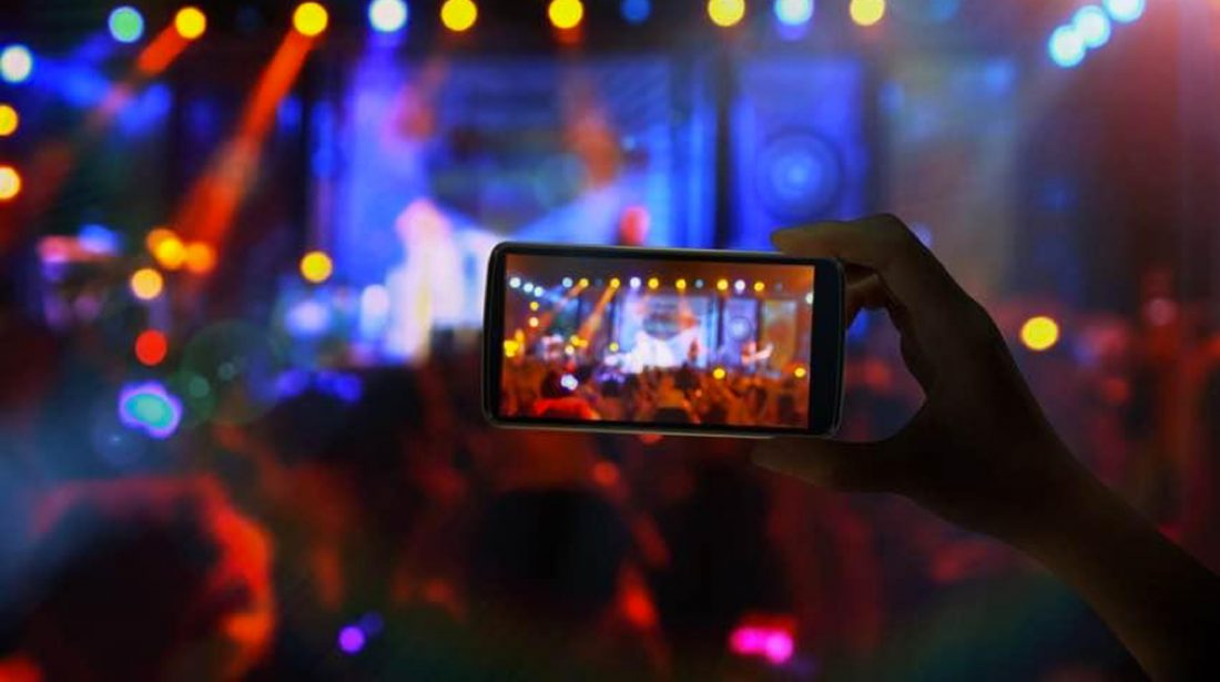 How Live Streaming Dominates the Social Media Landscape in 2018